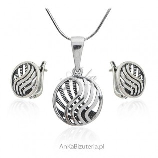 Biżuteria na prezent - oryginalny komplet bizuterii srebrnej