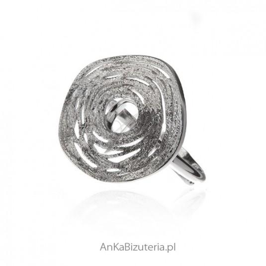 Pierścionek srebrny satynowany i rodowany - rozmiar regulowany