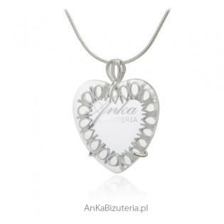 Zawieszka srebrna serduszko ażurowe z kryształkiem powiększającym