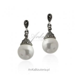 Kolczyki srebrne z markazytami i białymi perełkami