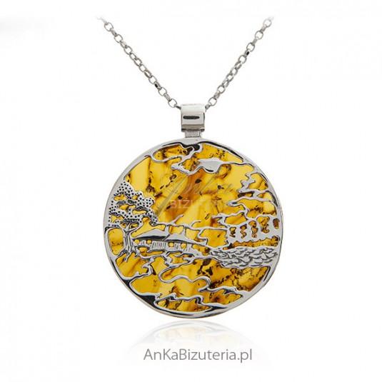 Piękny wiejski pejzaż - Zawieszka srebrna z bursztynem