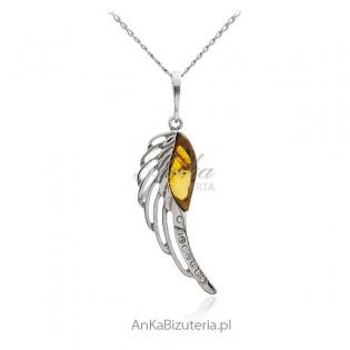 Zawieszka srebrna z bursztynem - skrzydło Anioła