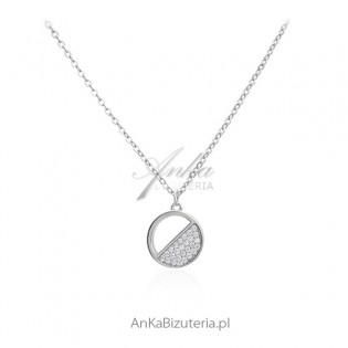 Naszyjnik srebrny rodowany kółeczko z mini cyrkoniami