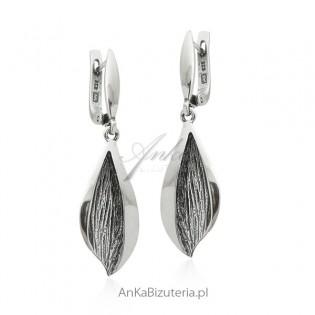 Kolczyki srebrne oksydowane - śliczna biżuteria srebrna