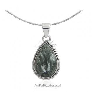 Biżuteria srebrna z naturalnymi kamieniami - zawieszka z zielonym Surphanite