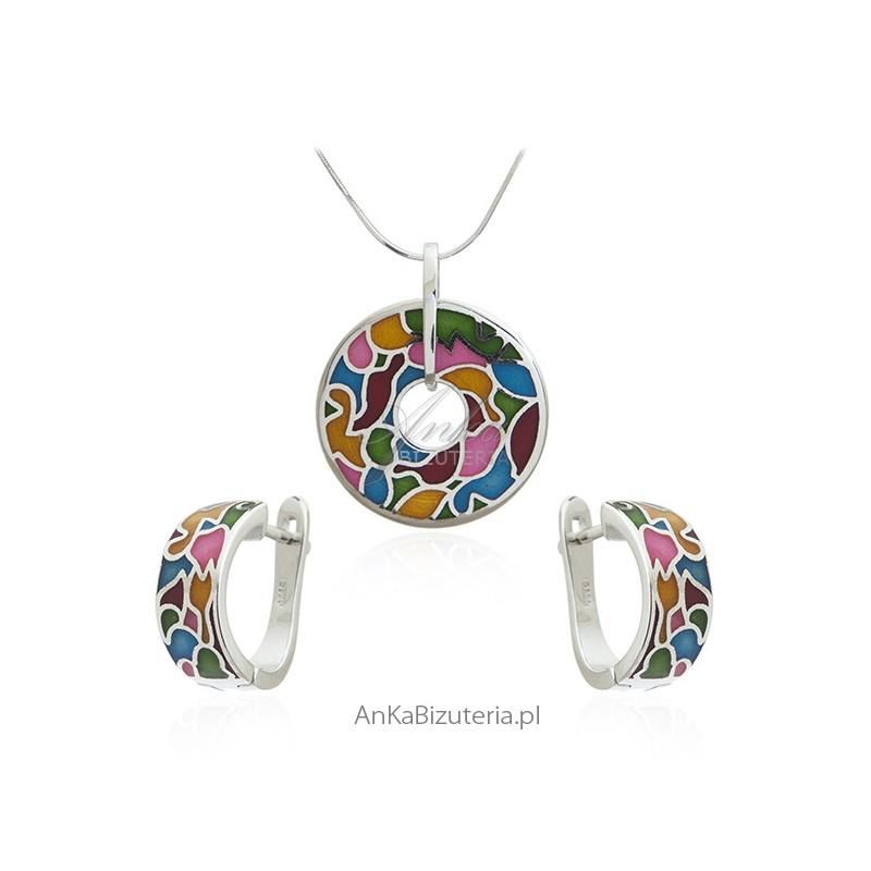 komplety biżuterii