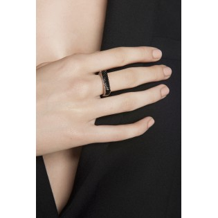 Pierścionek srebrny z czarnymi cyrkoniami - Oryginalna biżuteria