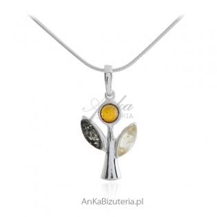 Biżuteria srebrna -ANIOŁEK - zawieszka z bursztynem