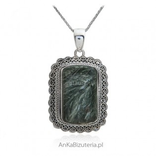 Stylowa zawieszka srebrna z zielonym Surphanite