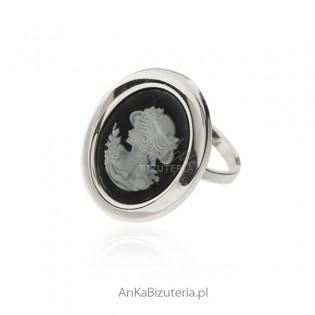 Pierścionek srebrny KAMEA z agatem i czarnym onyksem