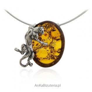 Wyszukana biżuteria srebrna z bursztynem - Piękna zawieszka