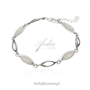 Bransoletka srebrna z białym opalem syntetycznym