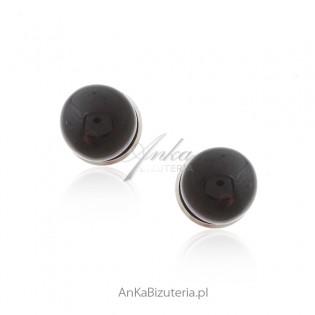 Kolczyki srebrne kulki z wiśniowym bursztynem