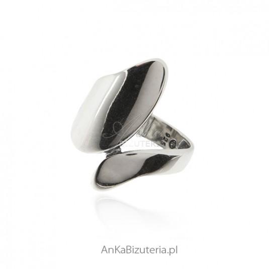 Pierścionek srebrny szeroki - Oryginalna biżuteria srebrna