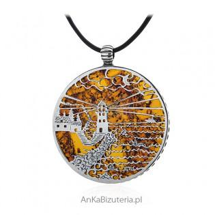 Duża zawieszka srebrna z bursztynem LATARNIA MORSKA