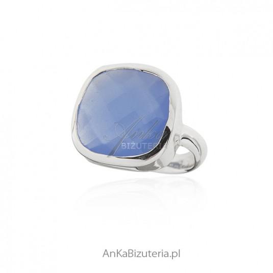 Pierścionek srebrny z niebieskim chalcedonem -PIĘKNY!!