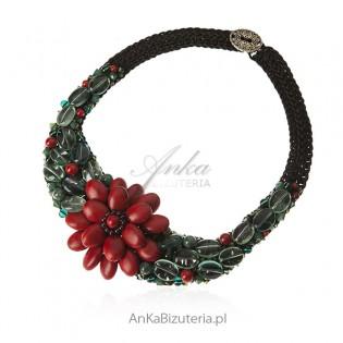 Piękna biżuteria artystyczna z koralem fluorytem i kryształami Swarovski