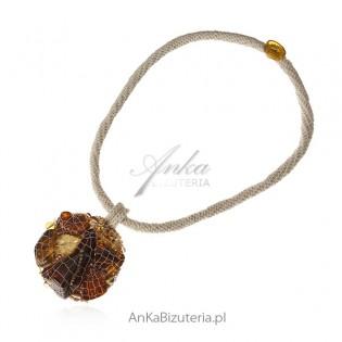 Naszyjnik z bursztynem - ręcznie robiona biżuteria artystyczna