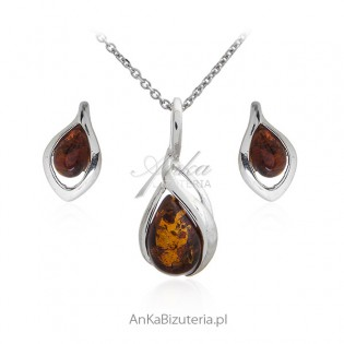 Subtelny komplet biżuteria srebrna z bursztynem