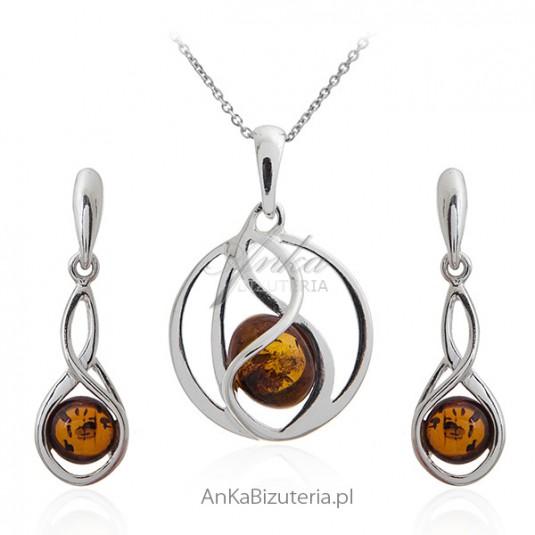Komplet biżuteria srebrna z bursztynem - Elegancki i ponadczasowy