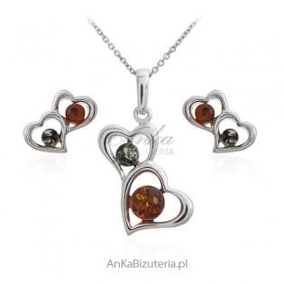 Komplet biżuterii z bursztynem - Świat w serduszka