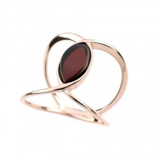 Srebrny pierścionek pozłacany różowym złotem z wiśniowym bursztynem