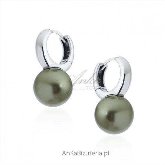 Biżuteria srebrna - kolczyki na angielskim zapięciu w kolorze oliwkowym