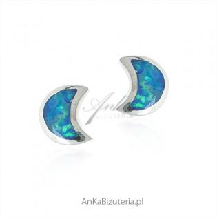 Srebrne kolczyki z niebieskim opalem sztyfty KSIĘŻYCE