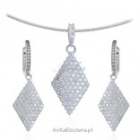 Biżuteria srebrna Komplet z białymi mikrocyrkoniami