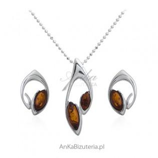 Komplet biżuteria srebrna z bursztynem - Elegancko i niezwykle subtelnie