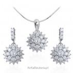Biżuteria srebrna z pięknymi cyrkoniami