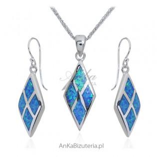 Biżuteria srebrna z opalem Komplet z niebieskim opalem