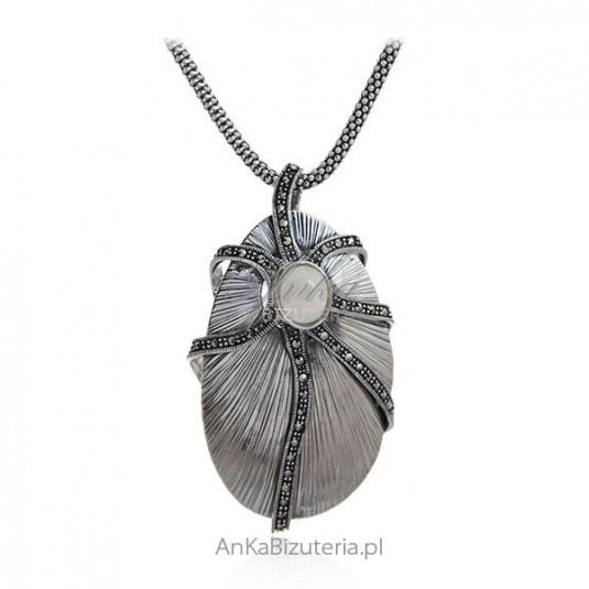 Biżuteria srebrna z markazytami i kamieniem ksieżycowym