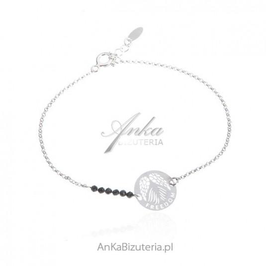 Bransoletka srebrna z czarnymi spinelami z napisem : FREEDOM