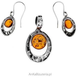Komplet biżuteria srebrna oksydowana z bursztynem
