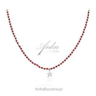 Srebrny naszyjnik z gwiazdką i czerwonymi cyrkoniami