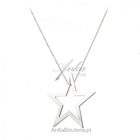 Srebrny naszyjnik na długim łańcuszku - duża gwiazda