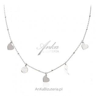 Delikatny naszyjnik srebrny z serduszkami , skrzydełkiem i nieskończonością
