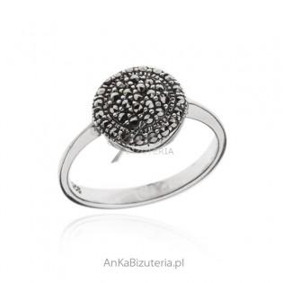 Pierścionek srebrny z markazytami TALAREK