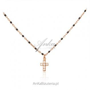 Srebrny naszyjnik pozłacany różowym złotem z czarną emalią i cyrkoniami KRZYŻYK