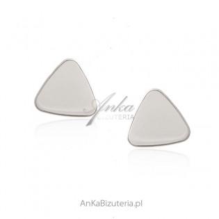Srebrne kolczyki trójkąty - modna biżuteria włoska