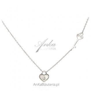 Biżuteria srebrna - Naszyjnik srebrny z masą perłową KLUCZYK i SERCE