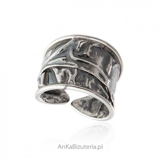 bb9aef624b62ad Srebrny pierścionek oksydowany - Oryginalny ręcznie robiony - rozm 16-22