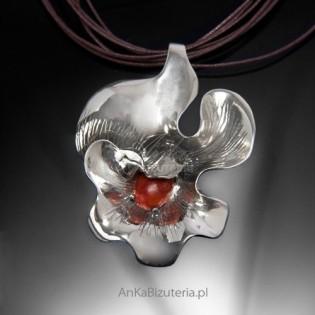 Srebrny wisiorek z koralem-PROMOCJA 30%