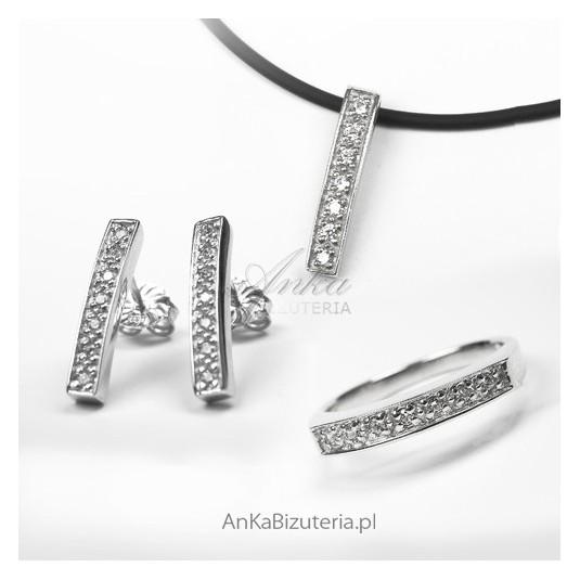 Biżuteria srebrna-komplet: Pierścionek, Kolczyki, Wisiorek