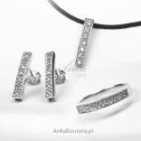 Komplet biżuterii srebrnej: Pierścionek, Kolczyki, Wisiorek