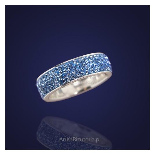 Biżuteria Srebrna-Obrączka srebrna z kryształami Swarovskiego.