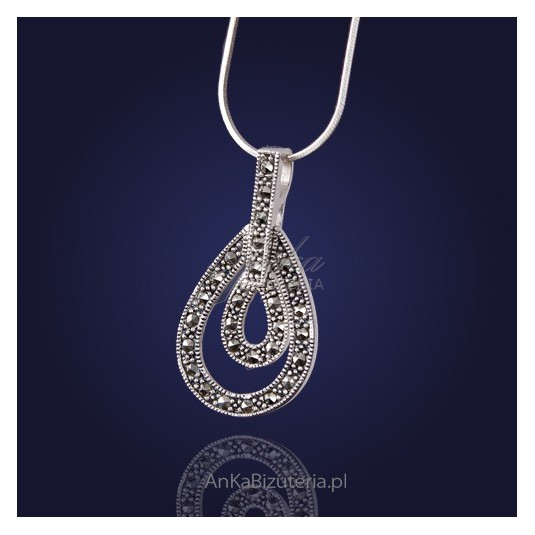Biżuteria Klasyczna: oryginalny Wisior z markazytami.