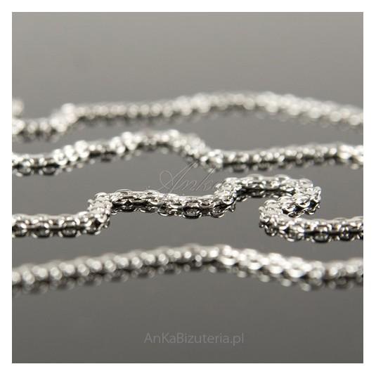 Łańcuszek srebrny-jak naszyjnik, płasko pleciony 45cm.