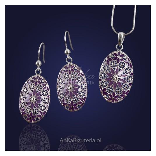 Biżuteria-Srebrna-Eleganckie kolczyki malowane na szkle emalią.